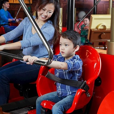 Merlin's Apprentice Ride | LEGOLAND Discovery Center Chicago